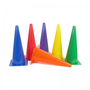RIGID PLASTIC CONES 18IN SET OF 6