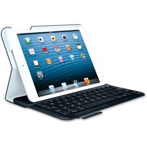 Logitech Keyboard/Cover Case (Folio) for 7